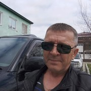 Александр, 58, г.Долинск