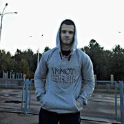 Антон, 18, г.Волжск