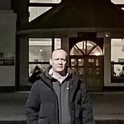 Виталий, 40, г.Чегдомын