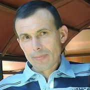 Олег, 55, г.Ромны