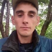 Виктор, 38, г.Белово