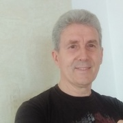 Виктор, 64, г.Алушта