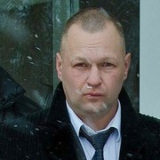 михаил, 46, г.Гагарин