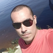 Артем, 22, г.Переславль-Залесский
