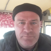 Александр, 41, г.Пикалёво