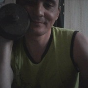Игорь, 38, г.Вольск