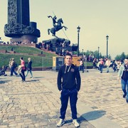 Александр, 21, г.Новопавловск