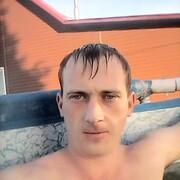Максим, 27, г.Юрга