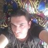 Александр, 33, г.Ангрен